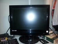 "19"" HD TV/ Monitor with remote and ipod dock"