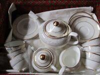 Royal Doulton 'Naples' pattern, china tea set in presentation case.