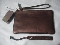 BRAND NEW LEATHER LADIES PURSE & CARD POCKETS COLOUR CHOCOLATE BROWN WITH ZIP