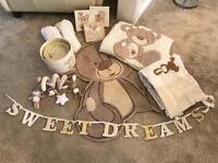 NEXT cot teddy bedding/bedroom set