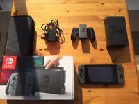 Nintendo Switch 32GB Grey (with Grey Joy Con controller)