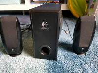 Logitech Speakers & Sub
