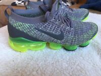 Nike Vapour Max Size 6