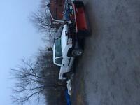 """2005 Chev 2500 HD with western """"pro plow"""""""
