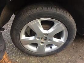 ford fiesta alloy wheel 195/50/15 good tyre