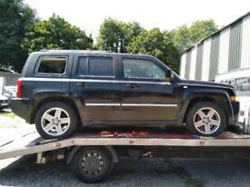 Jeep patriot s-limited 4x4 2.4 diesel breaking for parts spares
