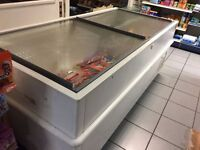 very cheap freezer in good working condition