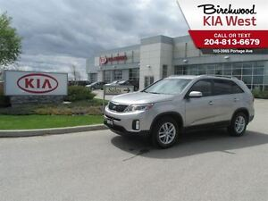 2015 Kia Sorento LX **ALL WHEEL DRIVE/ HEATED SEATS**