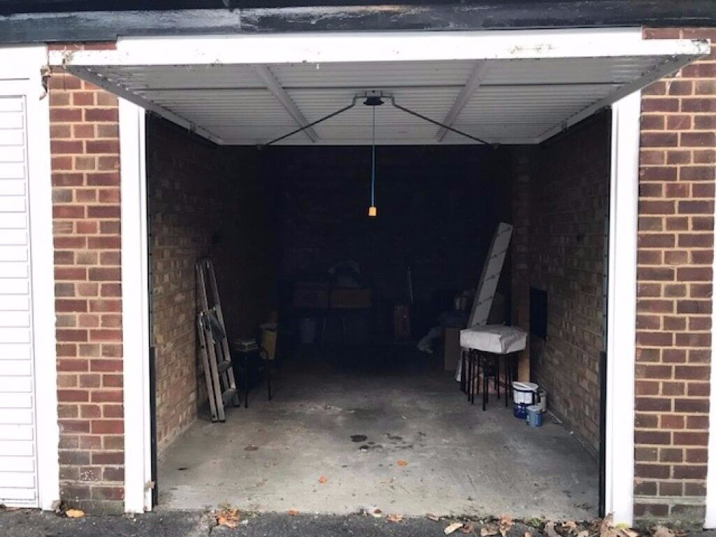 SECURE GARAGE available for storage | Blackheath/Lewisham (SE13)