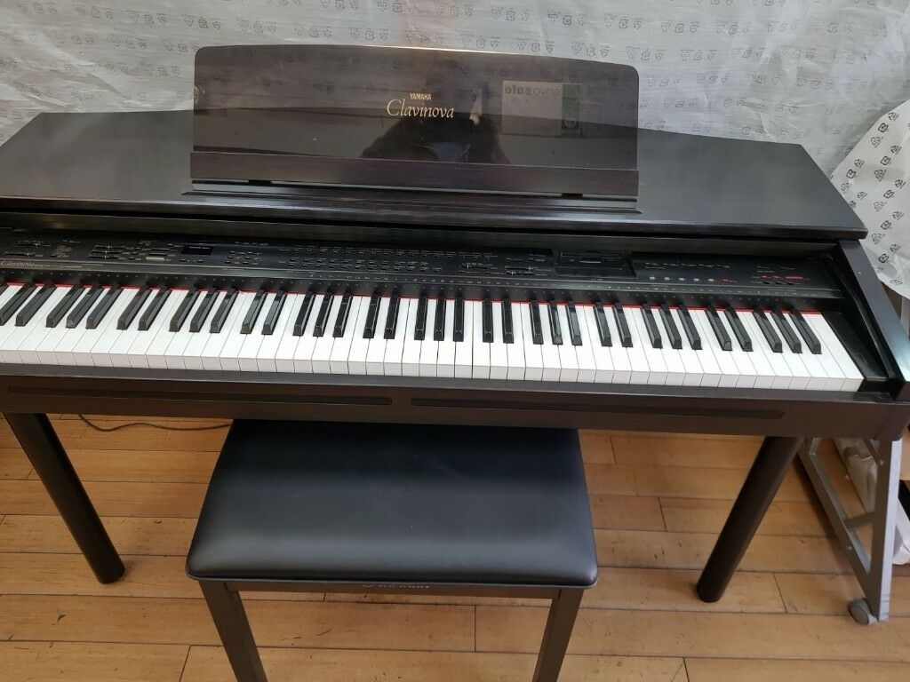 Yamaha Digital piano Clavinova CVP 70 full size 88 weighted keys With matching Yamaha Stool