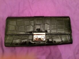 Jones patent leather ladies clutch