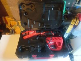 12v milwaukee pipe slice one battery and charger in good condition used a few times