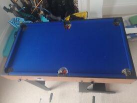 Pool / football / air hockey children's games table