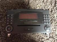 Mercedes stereo MF2550