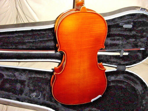 A R SEIDEL GLAESEL JUNIOR VIOLA   3/4   CASE AND BOW 1985