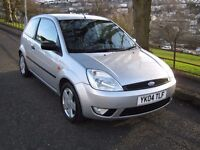FORD FIESTA FLAME 1.4 2004 ( A/C ) FULL YEARS MOT IMMACULATE LOW MILES £1095 ONO