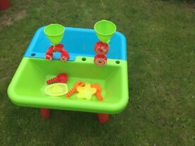 Early learning centre -Sand and water table