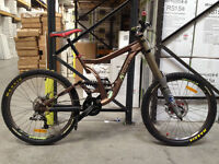 Norco Downhill Mountain Bike DH Hope Tech Fox 40 Forks