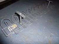 Desk cable tidy and cable spine