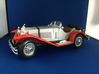 Burago Die-cast model car - 1/18 scale MERCEDES-BENZ SSK (1928) SILVER & RED