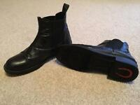 Cameo jodhpur riding boots size 5. Perfect condition.