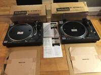 TECHNICS SL 1210 BLACK x 2. (SOLD)