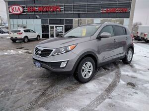2013 Kia Sportage LX ONE OWNER Exceptionally LOW KMS