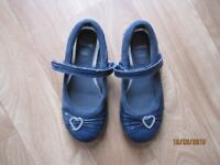 Girls Clarks Patent Navy Shoes 11.5G