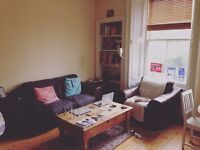 1 Bedroom to rent in lovely Abbeyhill flat