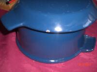 Cast Iron Stewing Pot..