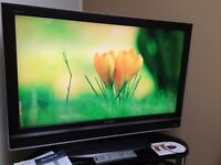 "SONY Bravia 40"" FHD 1080p Digital Freeview TV - 3 x HDMI - PC - BBE - SRS - - Bargain RRP £489"