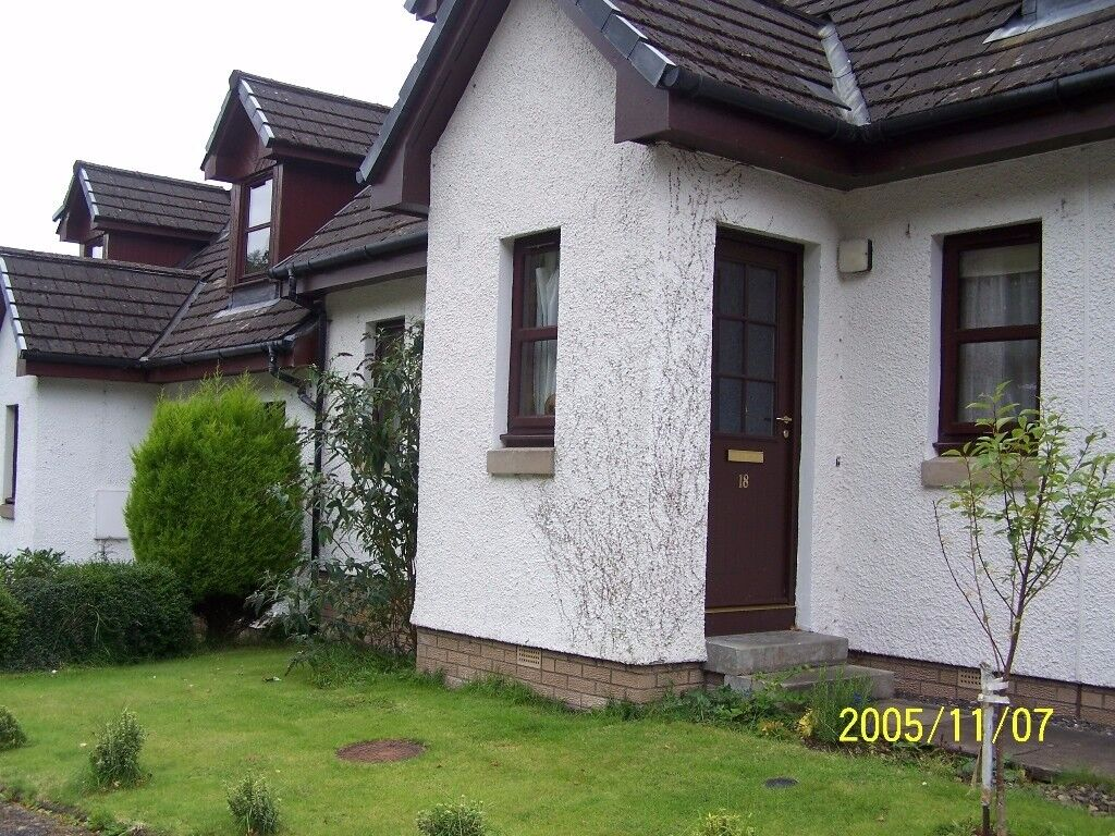 Do you need 4 bedrooms? Large 3 bed semi with seperate dining room in Argyll wants 3 bed Aberdeen