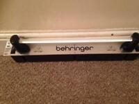 Behringer powerlight 8 iec output