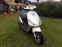 Piaggio Zip 50cc scooter moped, great condition, 2 owners