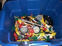 Knex mixed pieces box