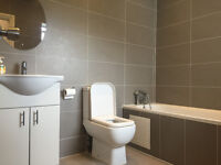 En-suite double room in a end of Terrace House