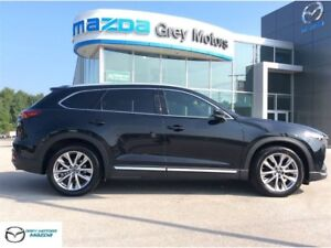 2016 Mazda CX-9 Signature Series, One Owner, Mint condition.
