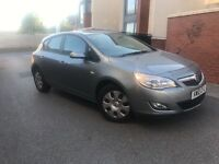 Vauxhall astra 2010 facelift low miles damage repaired must see cheap