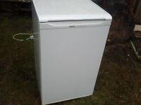REFRIDGERATOR with freezer compartment