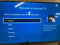 40'' SAMSUNG LED TV UE40J5100 FREEVIEW HD CHANNELS.FULLY BOXED. VERY MINOR SCRATCH ON SCREEN