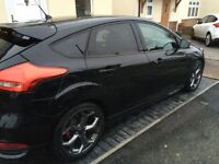 FORD focus ST3 247bhp panther black with options £19000