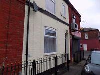 Lovely 2 Bedroom House in Salford