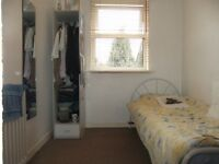 Single room in Turnpike Lane Manor House N15. All bills included.