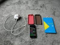 Unlocked iphone se, 32gb, mint