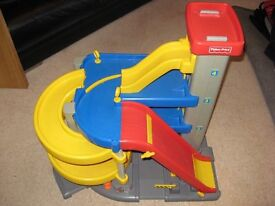 fisher price large chunky car garage in good condition