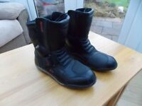 LEATHER MOTORCYCLE BOOTS FOR SALE