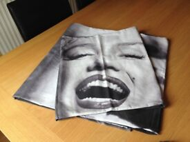Marilyn Monroe double duvet set.. only used once