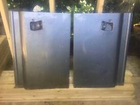 Land rover series3 door bottoms.One pair of door bottoms.
