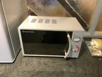 Russel Hobbs 700w microwave