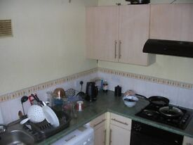 Single Room to Let . Internet, Council Tax and water rates included!